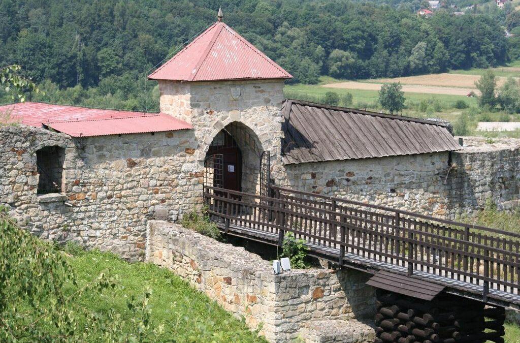 Pomysł na weekendową wycieczkę po Małopolsce – Zamek Dobczycki, Zator i Energylandia